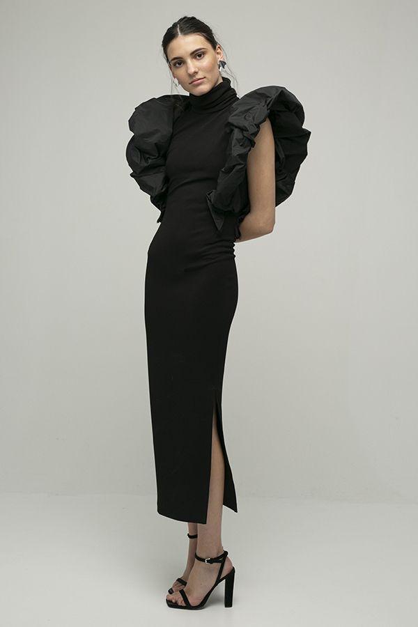 alquiler de vestido midi de fiesta Coco negro manga hombro abullonado con apertura de Encinar 1