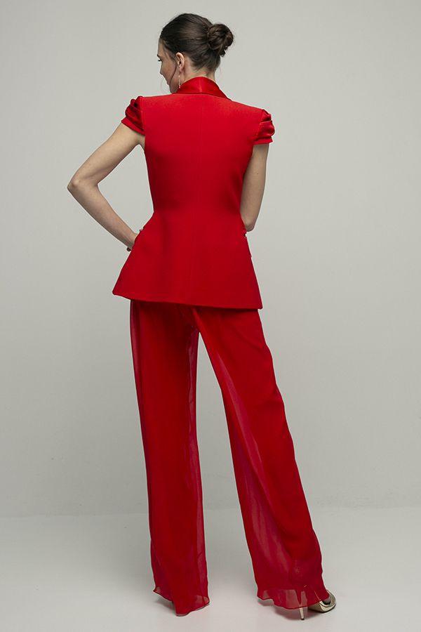 Inunez mono rojo conjunto chaqueta pantalon seda manga corta 2