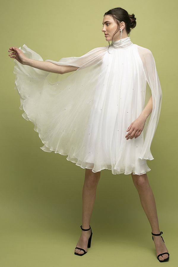 Manuri vestido corto starry night blaco brillantes novia 1