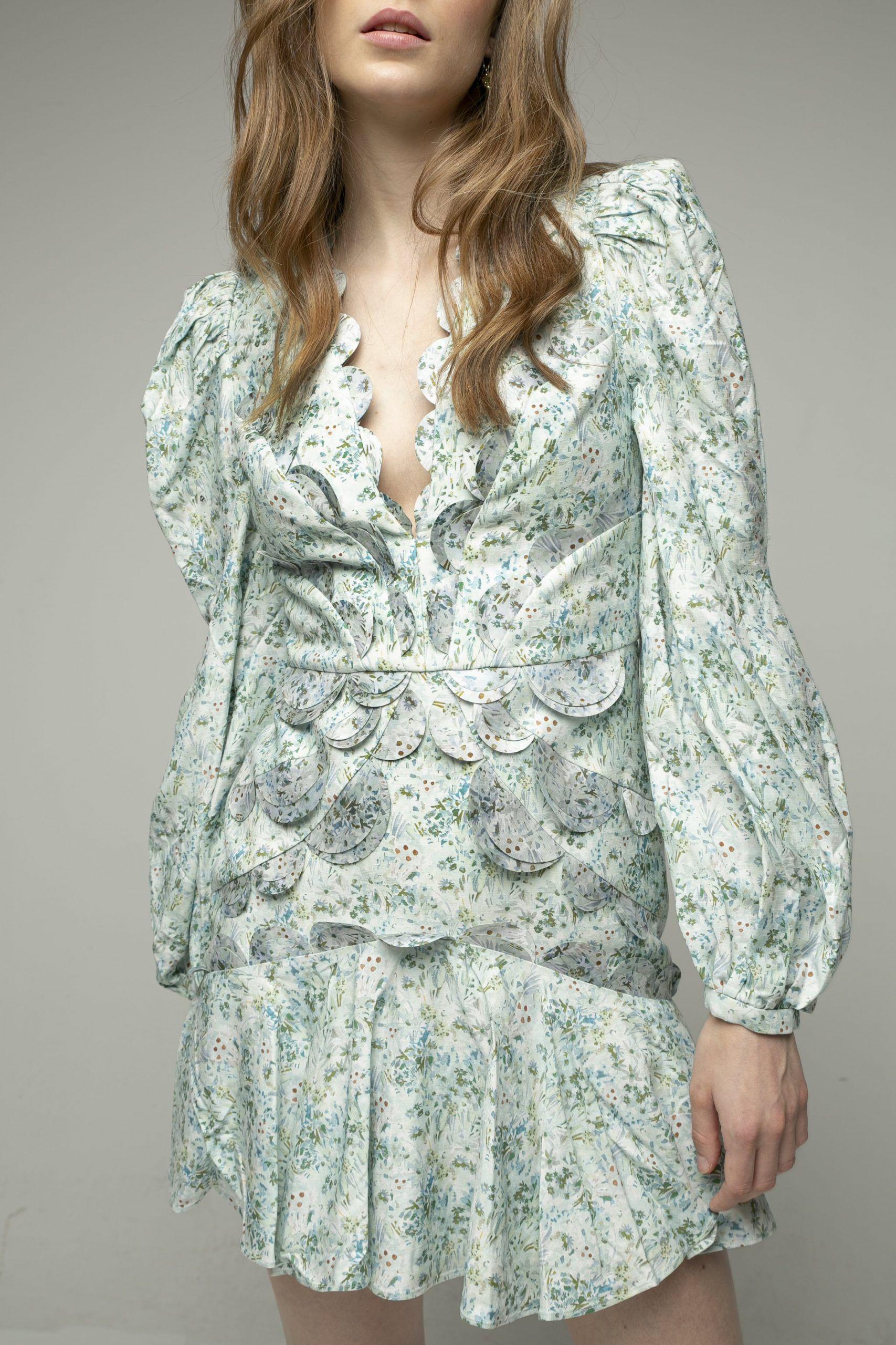 acler-dixon-vestido-corto-azul-florecitas-2