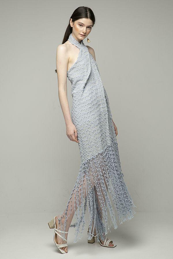 jacquemus-cortese-vestido-midi-con-flecos-azul-1