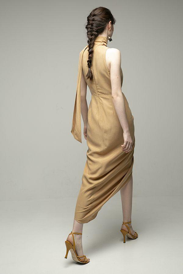 Acler-Daleside-vestido-midi-beige-frunce-cintura-3